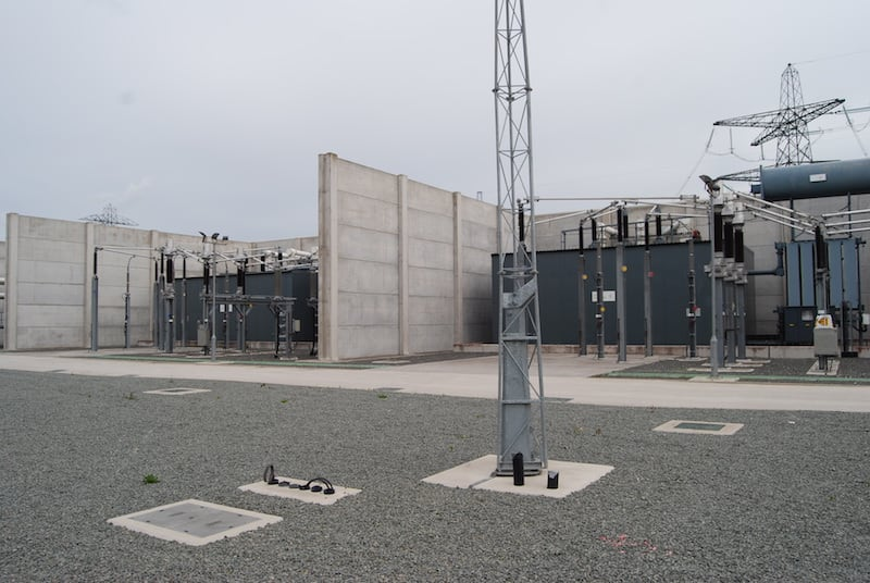 Two different acoustic enclosures between concrete blast walls
